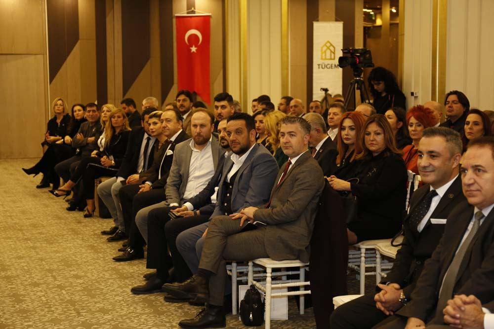 Genel Kurul Üyelerimiz Başkanlık için yine Hakan Akdoğan dedi.