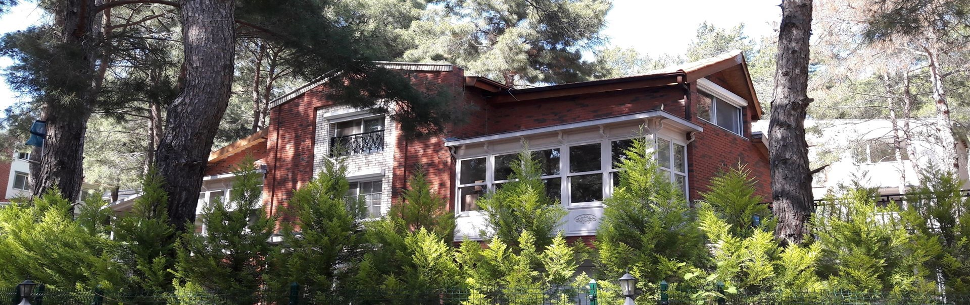 Acele Satılık Urla'da Satılık 4+2 Villa