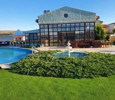 İzmir Çeşme Denize Çok Yakın Modern Kiralık Villa