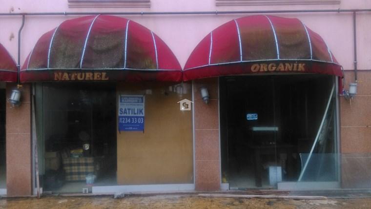 Bankadan Akçakoca merkezde Dükkan