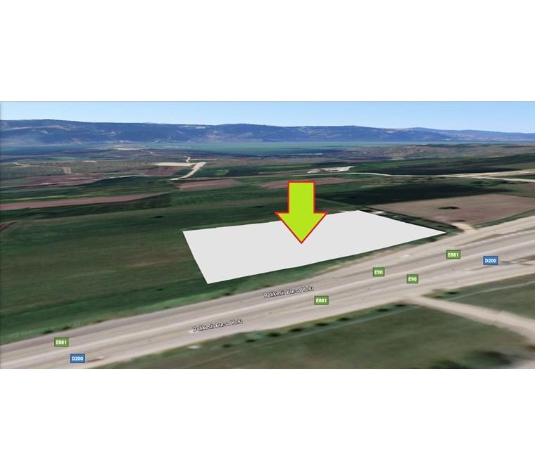 Nilüferde İzmir yoluna Cephe Gölyazı Kavşağında Satılık 9.100 m2