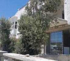 İzmir Çeşme Merkez Müstakil Bahçeli Satılık Taş Ev Villa