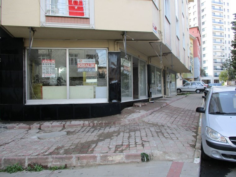PENDİK KAYNARCADA cadde cepheli ÖN KULLANIMLI KÖŞE DÜKKAN