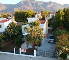 Bellapaiste İngiliz okul bölgesinde türk tapulu satılık villa!