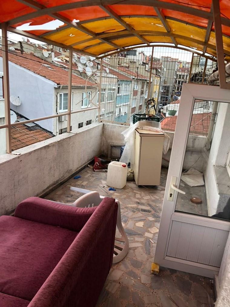Sarıguzel cadde teras 2+1 kombılı temız ıuygun fıyat daire
