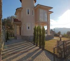 Fethiye Üzümlü bölgesinde satılık villa