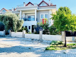 Fethiye Yenimahalle satılık giriş kat daire 2+1 80m²