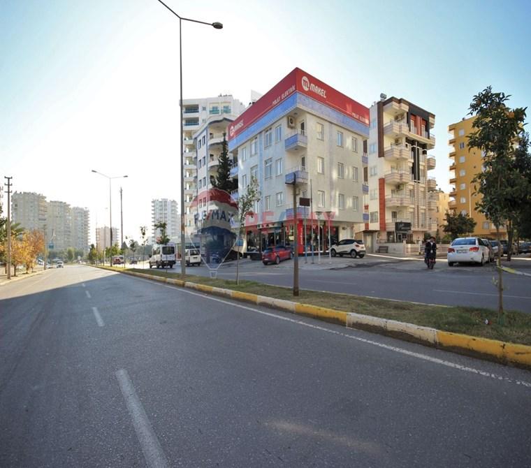 REMAX LOCA'DAN FORUM AVM CİVARI SATILIK KOMPLE BİNA