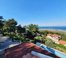 İzmir Urla Havuzlu Müstakil Deniz Manzaralı Satılık Lüks Villa