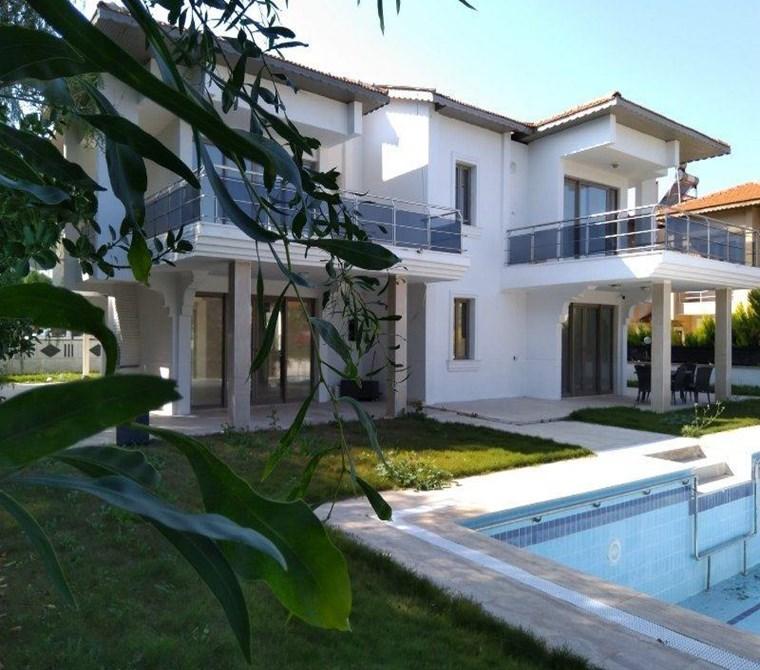 İzmir Çeşme Ilıca Satılık Villa