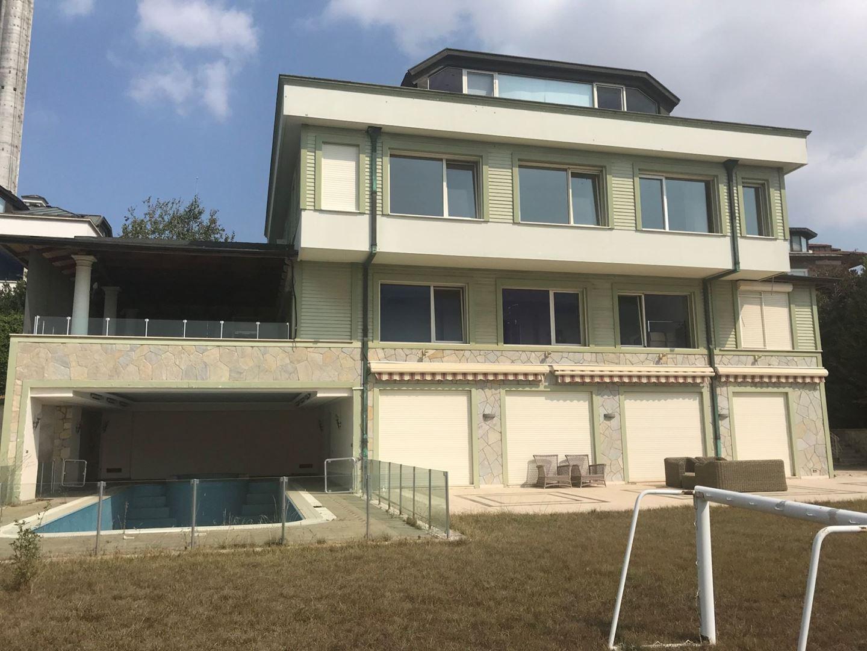 Villa For Sale In Çamlıca