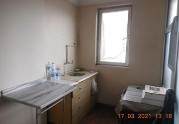 Sefaköy Merkezde Kiralık Ofis,Ana Cadde Üzeri Binada,Mutfaklı !!