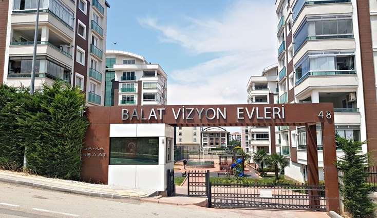 ELFİ'DEN BALATTA SOSYAL DONATILI SİTEDE 4+1 SATILIK LÜKS DAİRE