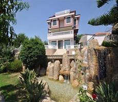 Alanya'da satılık muhteşem Konak / Villa