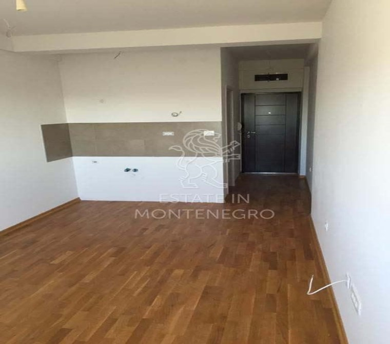For Sale Apartment in Rafailovici, Budva, 27m²