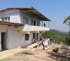 Kemalpaşa Damlacık'ta Satılık 1.500 m2 Ev'li Bahçe