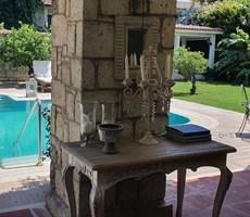 Çeşme Alaçatı Müstakil Havuzlu Satılık Ultra Lüks Taş Villa