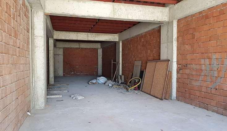 1986- ELFİ DEN 23 NİSAN CITY-224'TE SATILIK 264 m² MERKEZİ DÜKKA