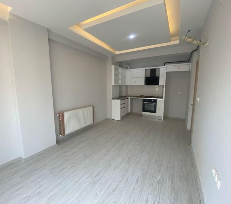 Ataşehir de Yeni Bina da Teraslı Satılık 2+1 Satılık Daire