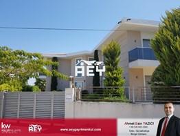 FIRSAT! Çeşme Mamurbaba'da Havuzlu Müstakil 6+1 Villa