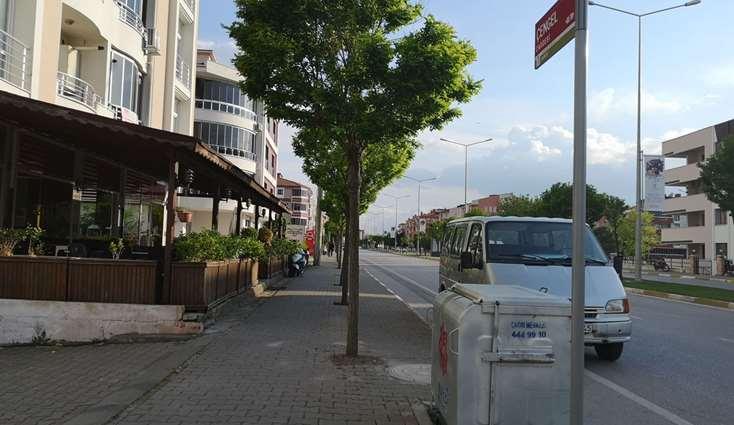 Elfi den Balıkesirde Çengel Cadde Üzeri Satılık Asansörlü 3+1