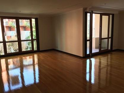 Flat for Rent in Etiler Sarı Konaklar Compound