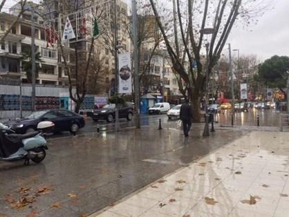 Erenköy'de Ana Cadde Üzerinde Kiralık Mağaza
