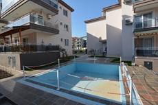pehlivan dan yenifoca da havuzlu 2+1 cam balkon daire