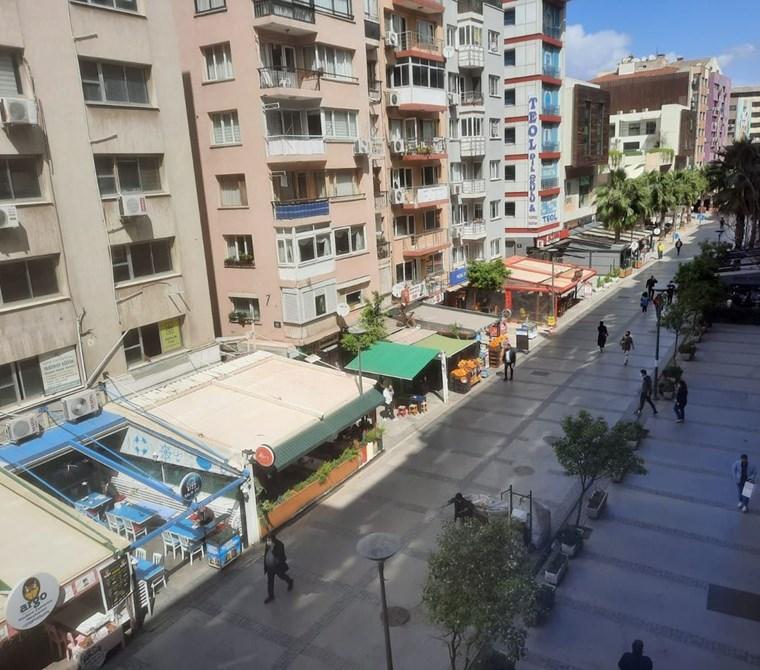 ALSANCAK KIBRIS ŞEHİTLERİ KENET İŞ HANI SATILIK 200 M2 İŞYERİ