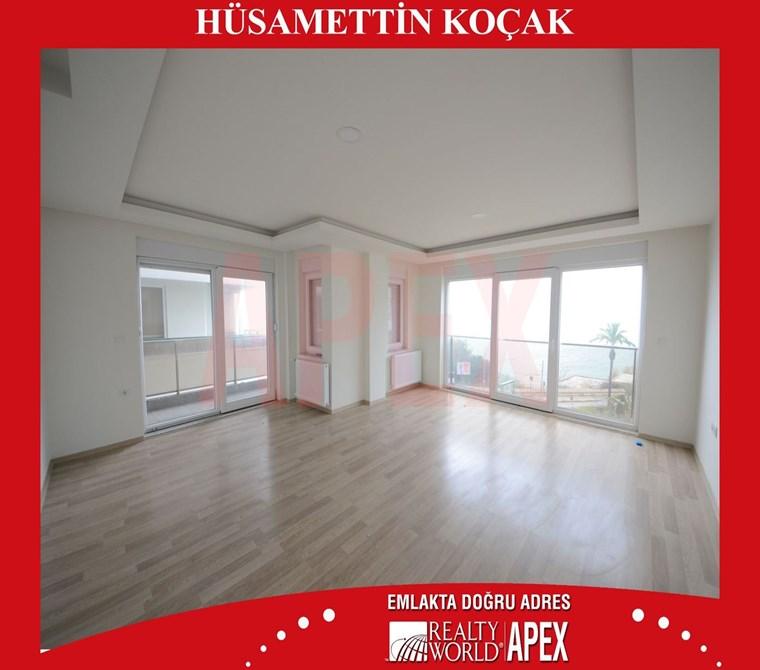 ANTALYA MERKEZDE DENİZ MANZARALI DOĞALGAZLI 140 m2 SIFIR 2+1