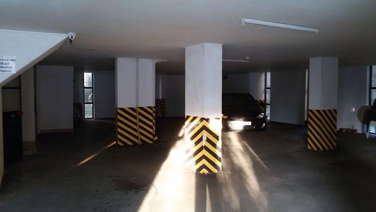 Çekirge Devlet Hastanesine Yakın Kiralık Dükkan
