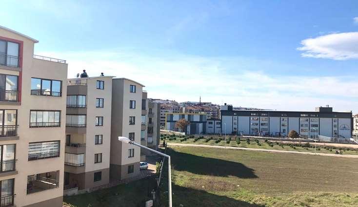 ELFİ'den ÜÇEVLER'de SİTE İÇERİSİNDE SATILIK 3+1 ARA KAT DAİRE