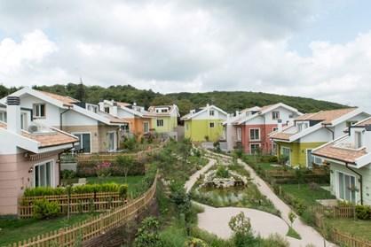 Zekeriyaköy Gülnar Koru Evleri'nde Satılık Villa