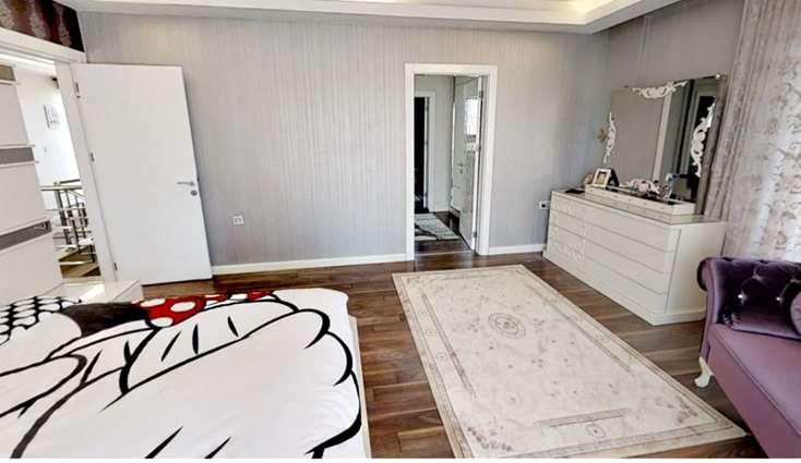 Elfi'den Hayat Konaklarında Satılık 7+1 Müstakil Villa ...