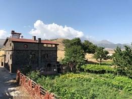 Talas Erciyes'de 400 m² satılık müstakil taş kaplama ev