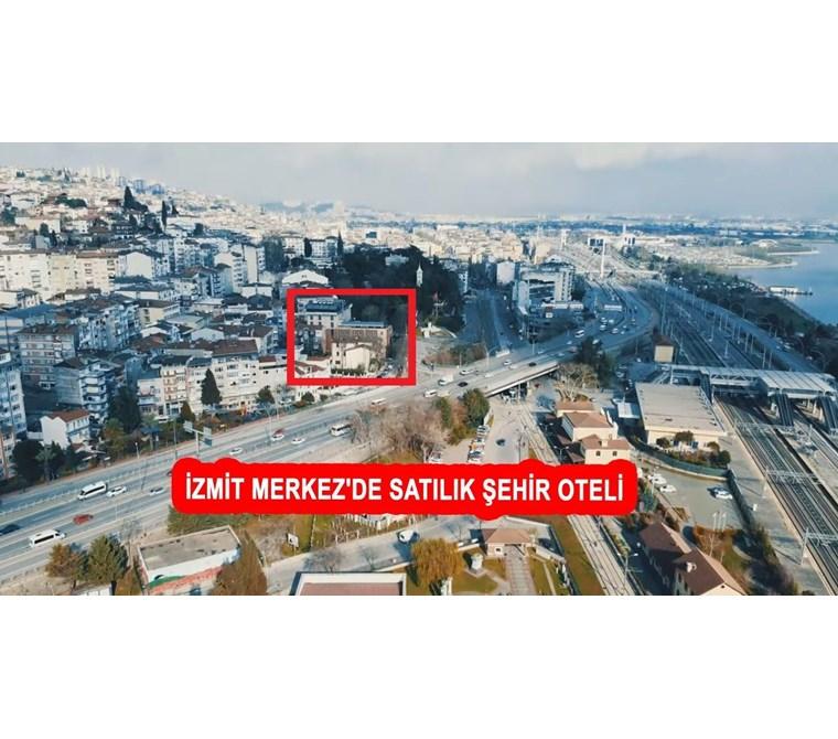 İZMİT MERKEZ'DE SATILIK ŞEHİR OTELİ P212427