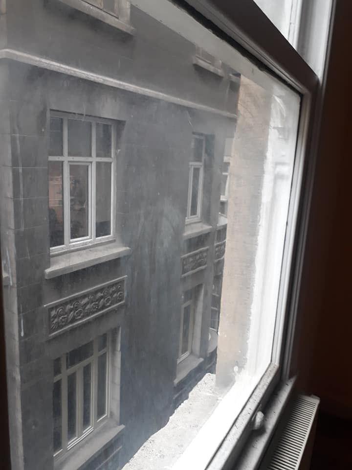 Galatasaray istiklal cd 10 metre Tarıhi bina Temız uygun fıyata