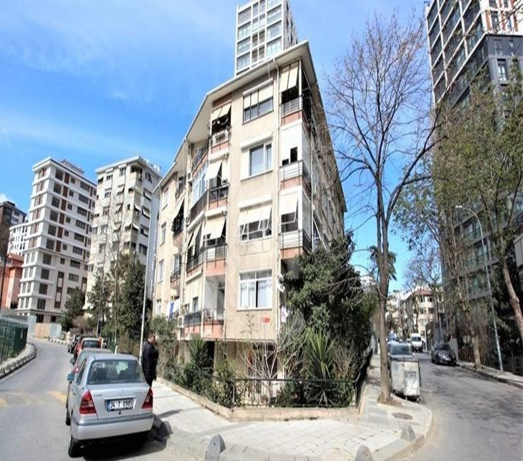 2 + 1 FLAT FOR SALE TO INVESTORS IN SUADIYE
