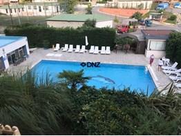 DNZ A.Ş. Yeshill Sitesinde Havuz Cephe Ferah İçi Yapılı 3+1