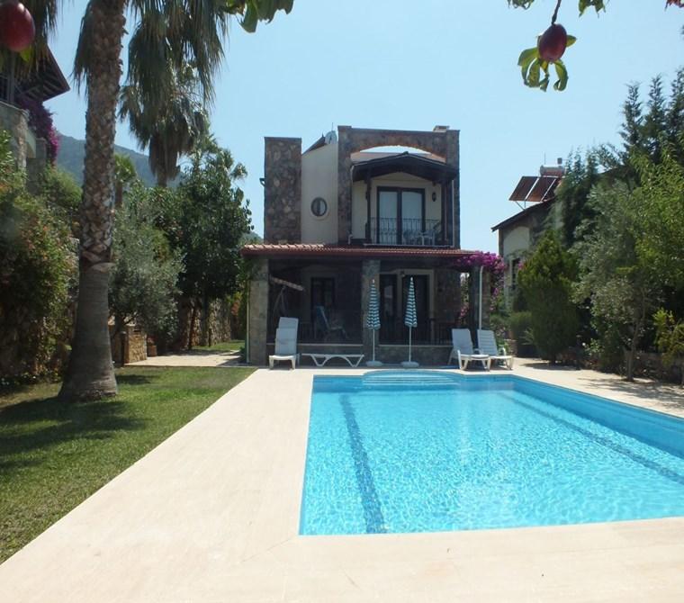 Fethiye Ölüdeniz Ovacık bölgesinde satılık Müstakil villa