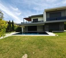 İzmir Çeşme Ilıca Sahilde Satılık Süper Lüks Villa Terakamon