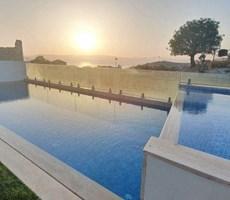 Çeşme Boyalık Enfes Deniz Manzaralı Müstakil Havuzlu Lüks Villa