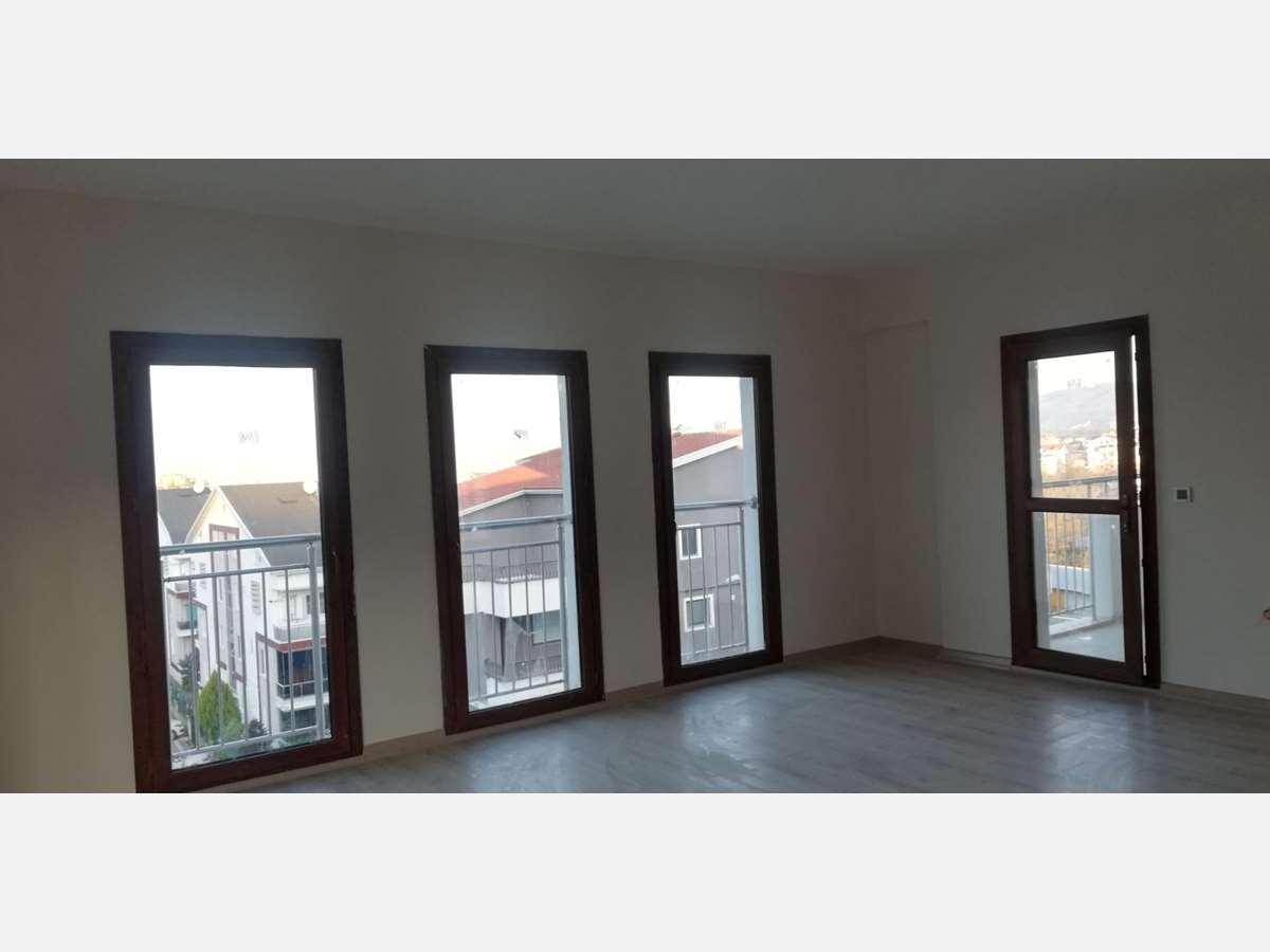 Sivritepe TOKİ Konutlarında 4. kat 135 m² 3+1 Kiralık Daire - 12