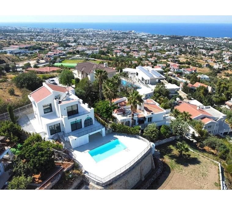 KKTC Girne Bellapais Bölgesinde Muhteşem manzaralı Villa