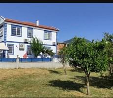 Muğla Dalaman Karaçalı da 360 m2 arsa icerisinde bahçeli ev