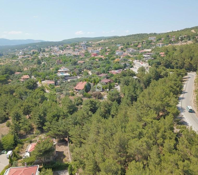 Bornova Yakaköy 2 Dönüm Bahçeli Müstakil Satılık 5+1 Villa