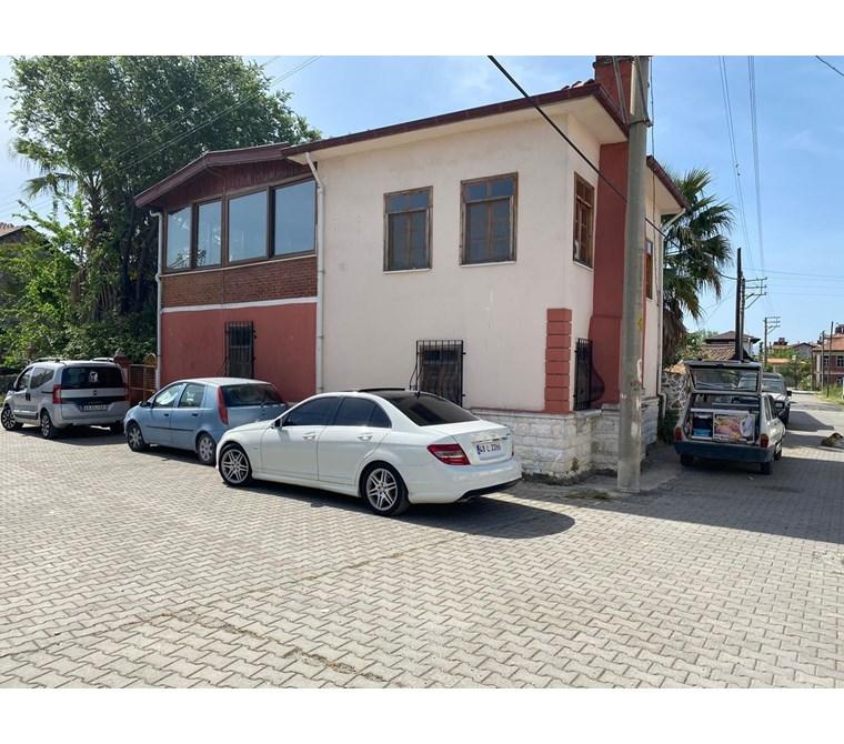 Köyceğiz Gülpınar mahallesinde satılık Bahçeli dublex villa