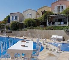 İzmir Çeşme Ayaseranda Denize Sıfır, Deniz Manzaralı Lüks Villa