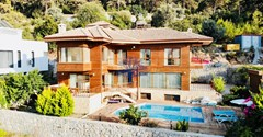 Detached villa for sale in Fethiye Faralya with sea view