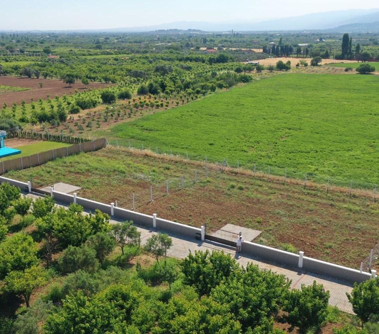 Kemalpaşa Yukarıkızılca'da Satılık 810 m2 Bahçe